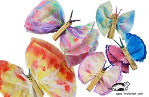 ساخت پروانه با دستمال کاغذی و گیره لباس