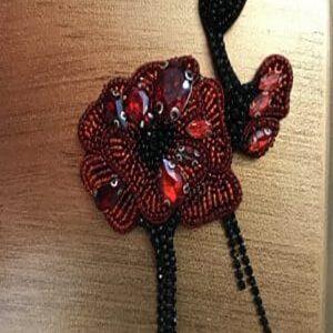 گلسینه جواهردوزی
