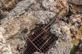 استخراج فلزات -زدن چاه